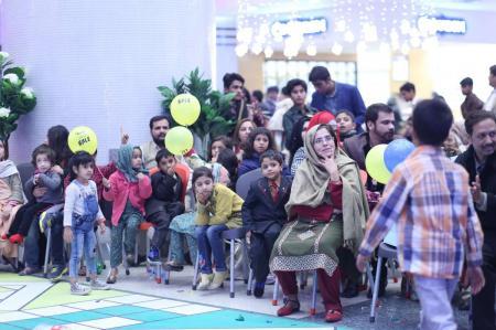 Giga Mall Rabi Pirzada visit at Giga Festival  (12)