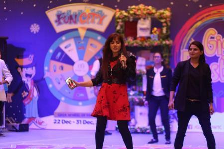 Giga Mall Rabi Pirzada visit at Giga Festival  (21)
