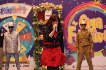 Giga Mall Rabi Pirzada visit at Giga Festival  (30)